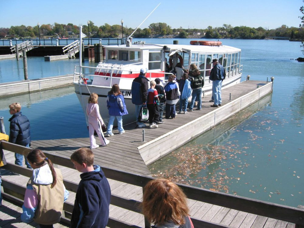 Students boarding the GLEP school ship