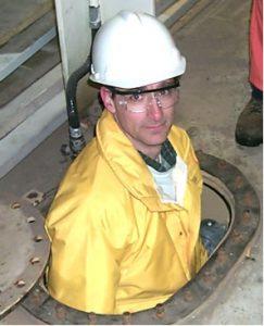 2a Researcher in Ballast Hatch