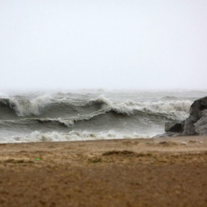 Large waves on Lake Michigan