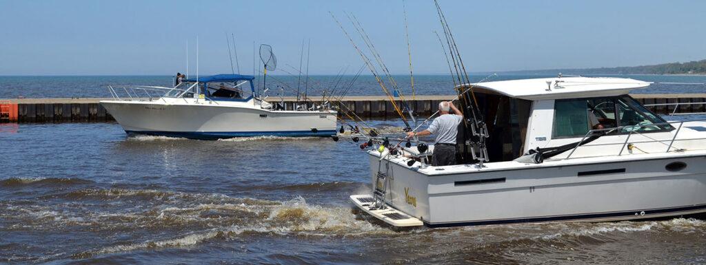 charter fishing boats in Lake Michigan
